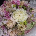 Detailaufnahme eines Brautstraußes